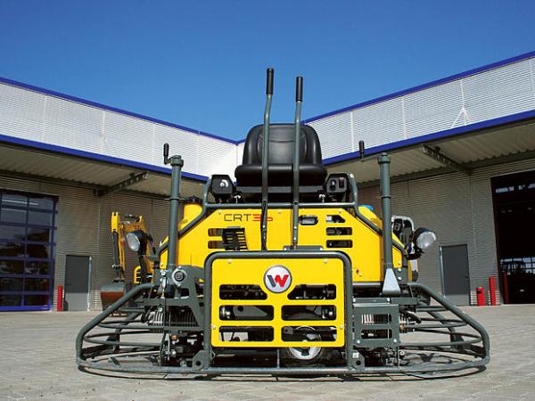Отличная затирочная машина Wacker Neuson CRT 36